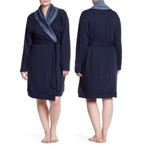 f40e8270da  NWT  UGG Plush Shawl Collar Robe - Navy
